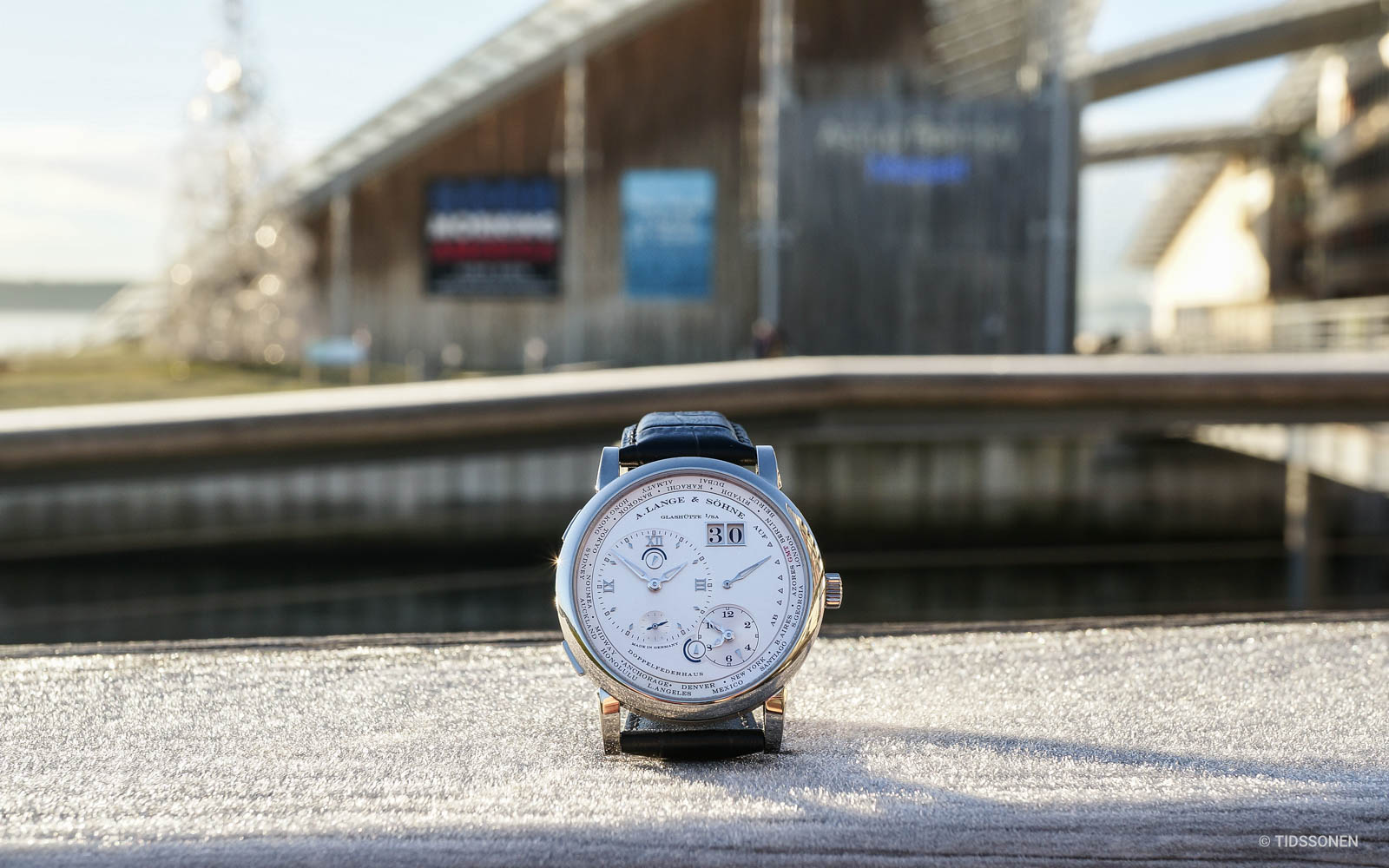 lange-1-timezone-oslo-06497