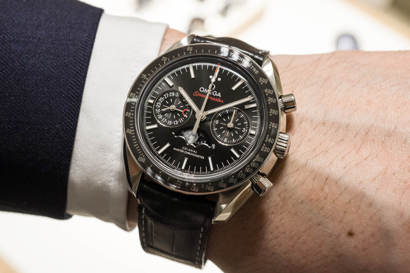 omega-speedmaster-moonphase-co-axial-chronograph-0653
